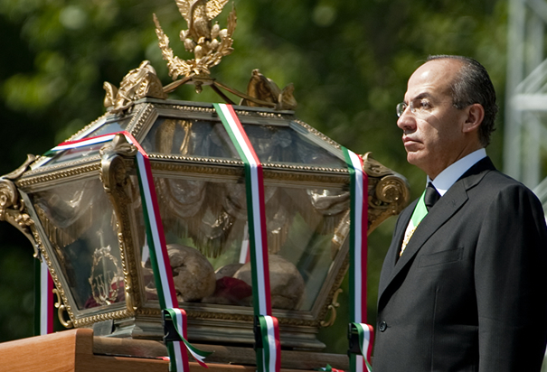 President Felipe Calderon Honors Mexican Leaders