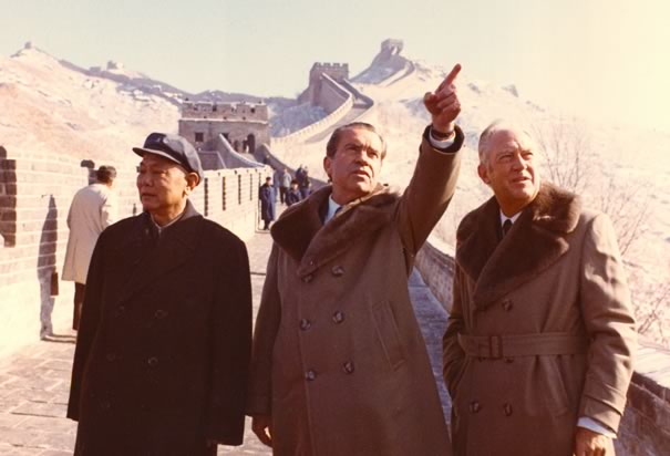 Nixon at the Great Wall of China