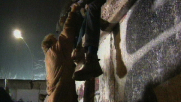 Deconstructing History: Berlin Wall